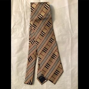 Burberry classic tan designer check silk tie